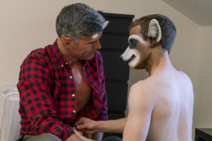 gbs007-Racoon-Stray-Fucking_Landlords-ch2-04