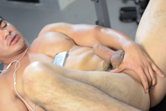 growlboys-gbs0033-gfur-furry-porn-gay-transformation-tf-pup-play-016